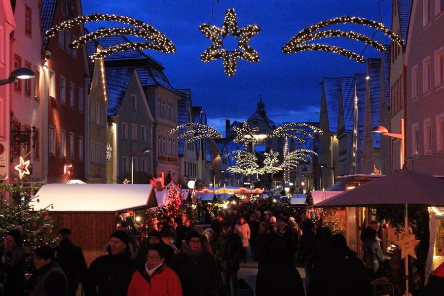 Was Gehört Auf Einen Weihnachtsmarkt.Stadt Ellwangen Weihnachtsmarkt